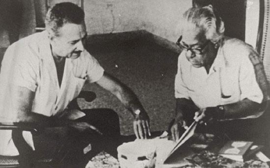 Αβάνα 1966. Ο Νικολάς Γκιγιέν στο σπίτι του με τον Γιάννη Ρίτσο...